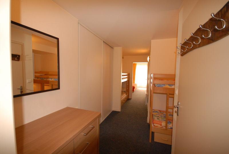 Location au ski Studio cabine 8 personnes (MAR8) - Residence Les Marmottes - Gourette