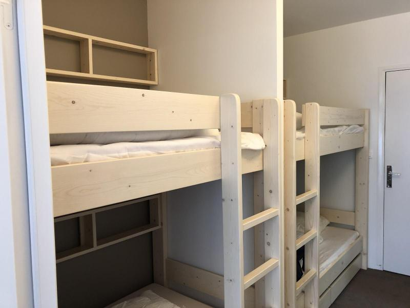 Rent in ski resort Studio sleeping corner 6 people (SAN153) - Résidence Sanctus - Gourette