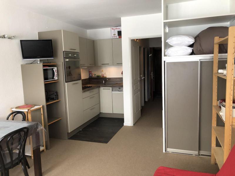 Rent in ski resort Logement 1 pièces 6 personnes (SAN47) - Résidence Sanctus - Gourette - Dining area