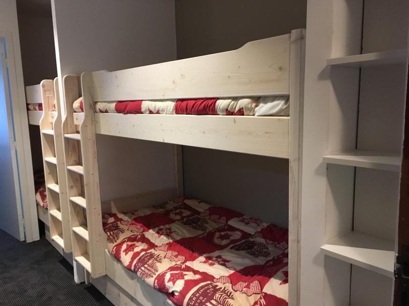 Rent in ski resort Studio sleeping corner 6 people (SAN150) - Résidence Sanctus - Gourette - Bunk beds