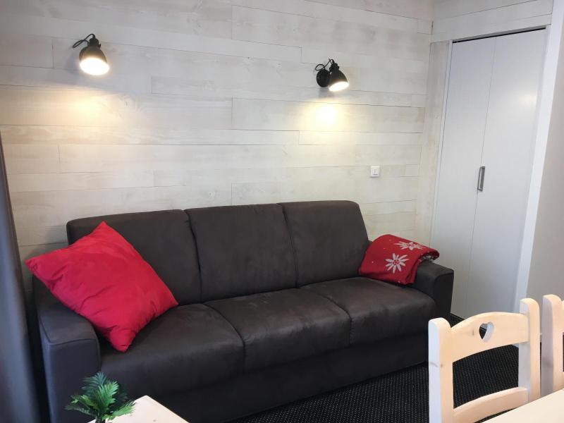 Rent in ski resort Studio sleeping corner 6 people (SAN150) - Résidence Sanctus - Gourette - Settee
