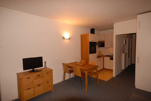 Location au ski Studio 6 personnes (SAR205) - Residence Sarriere - Gourette - Coin repas