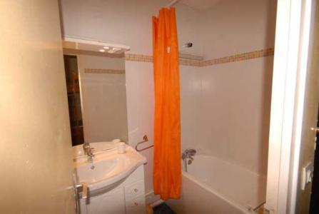 Location au ski Studio 6 personnes (PRI53) - Residence Primeveres - Gourette - Salle de bains