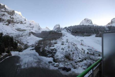 Location au ski Studio 6 personnes (SAN100) - Residence Sanctus - Gourette - Extérieur hiver