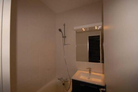 Location au ski Studio 6 personnes (SAN100) - Residence Sanctus - Gourette - Salle de bains