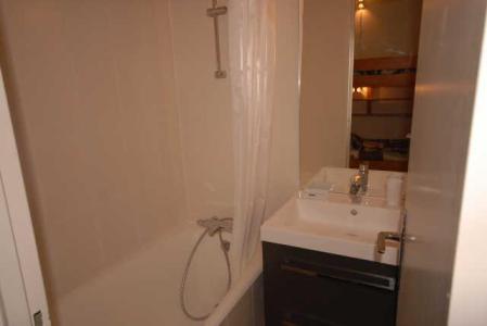 Location au ski Studio 6 personnes (SAN49) - Residence Sanctus - Gourette - Salle de bains