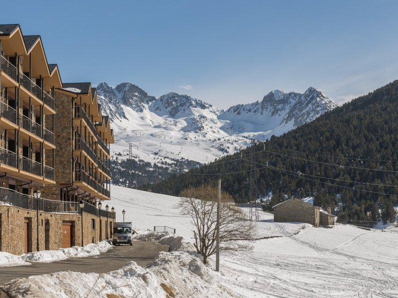Rent in ski resort Pierre & Vacances Résidence Andorra Bordes d'Envalira - Grandvalira - Winter outside