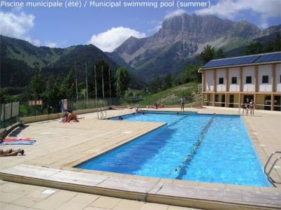 Location au ski Residence Les Gentianes - Gresse en Vercors - Piscine
