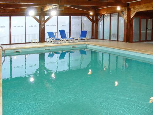 Location au ski Residence Le Haut Couserans - Guzet - Piscine