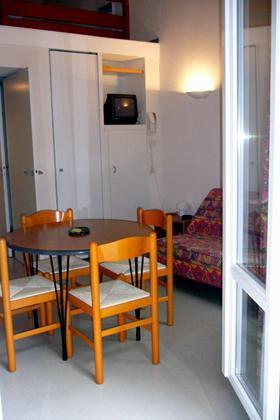 Location au ski Appartement mezzanine 5 personnes - Residence Les 3 Cesars - Guzet - Séjour