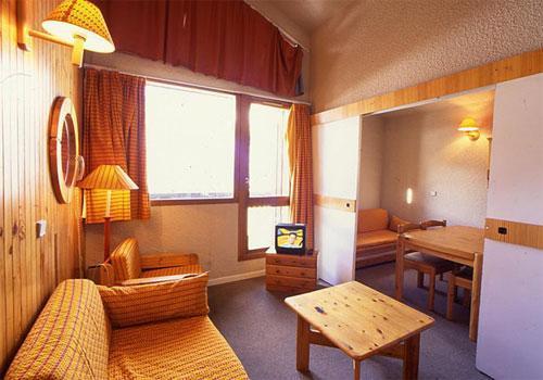 Location au ski Residence Les Adrets - Isola 2000 - Canapé