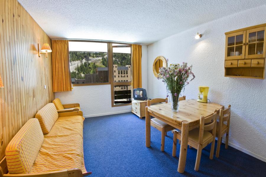 Location au ski Residence Les Adrets - Isola 2000 - Table