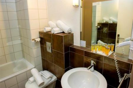 Location au ski Hotel Club Du Soleil Pas Du Loup - Isola 2000 - Salle de bains