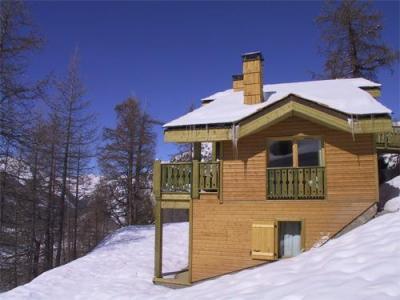 Location au ski Les Chalets D'isola - Isola 2000 - Extérieur hiver