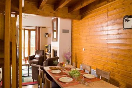 Location au ski Les Chalets Du Diva - Isola 2000 - Coin repas