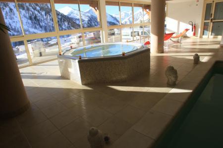 Location au ski Résidence MMV les Terrasses d'Isola - Isola 2000 - Bain à remous