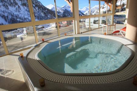 Location au ski Résidence MMV les Terrasses d'Isola - Isola 2000 - Jacuzzi