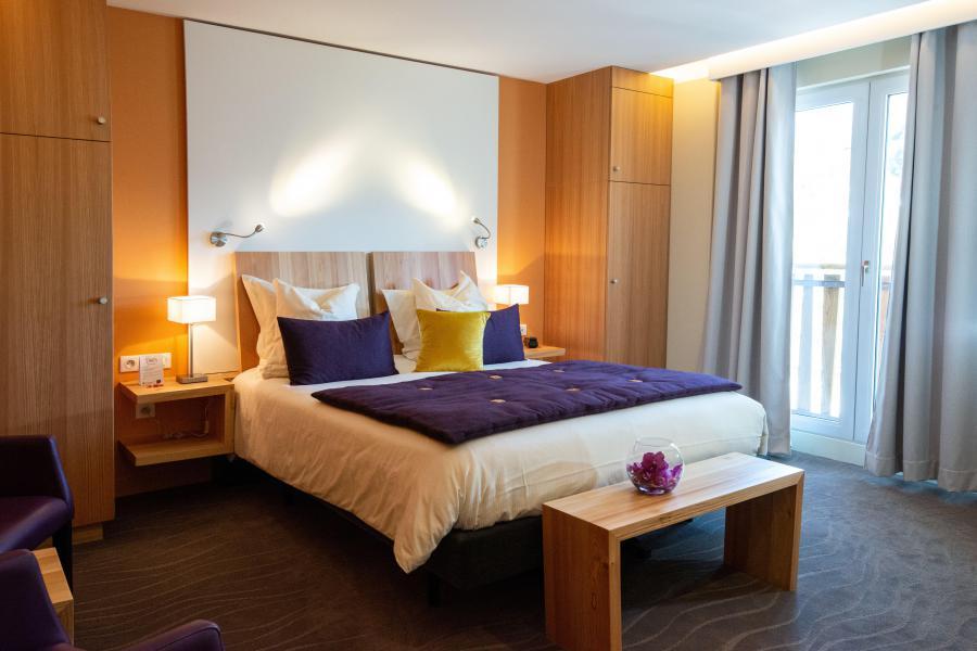 Rent in ski resort Hôtel les Vallées - La Bresse - Bedroom