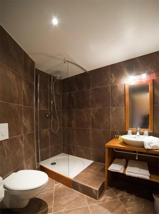 Rent in ski resort Hôtel les Vallées - La Bresse - Shower room