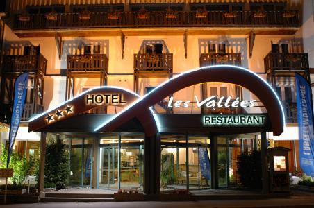 Location au ski Hotel Les Vallees - La Bresse - Extérieur hiver