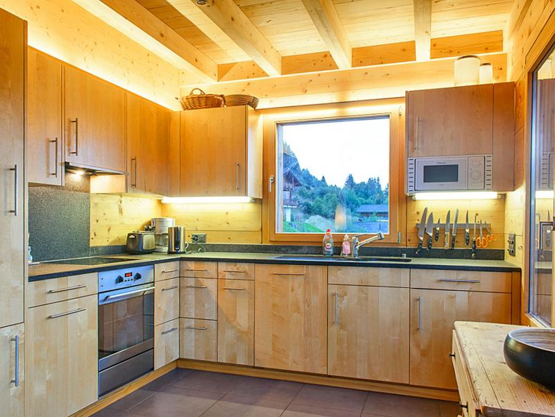 Rent in ski resort Chalet de la Chapelle - La Chapelle d'Abondance - Open-plan kitchen