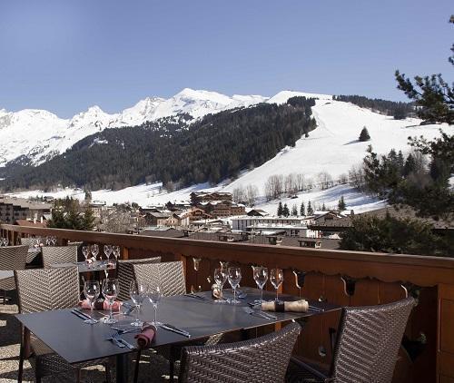 Hotel carlina la clusaz location vacances ski la clusaz for Hotel au ski
