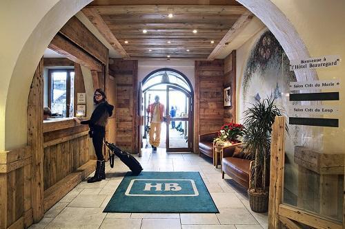 Location au ski Hotel Beauregard - La Clusaz - Réception