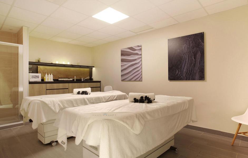 Location au ski Hôtel le Chamois - La Clusaz - Massage