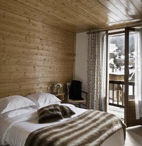location chambre familiale 2 adultes 2 enfants 12 ans la clusaz ski planet. Black Bedroom Furniture Sets. Home Design Ideas