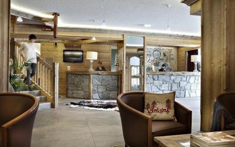 Location au ski Hotel Alpen Roc - La Clusaz - Réception