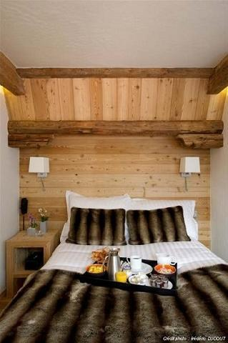 Rent in ski resort Family suite (3 people) - Hôtel Au Coeur du Village - La Clusaz - Bedroom