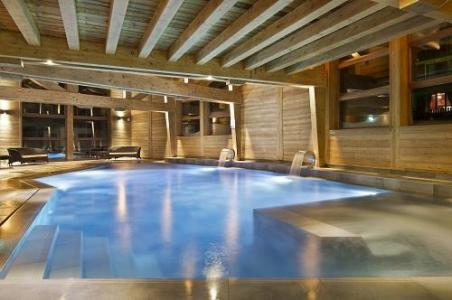 Location au ski Hotel Au Coeur Du Village - La Clusaz - Piscine