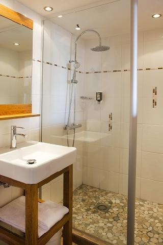 Location au ski Hotel Beaulieu - La Clusaz - Salle de bains