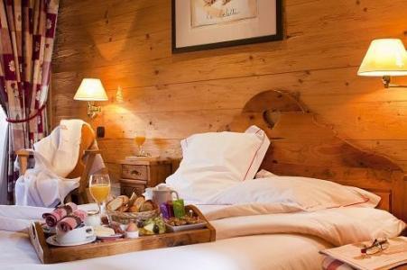 Location au ski Hotel Carlina - La Clusaz - Chambre