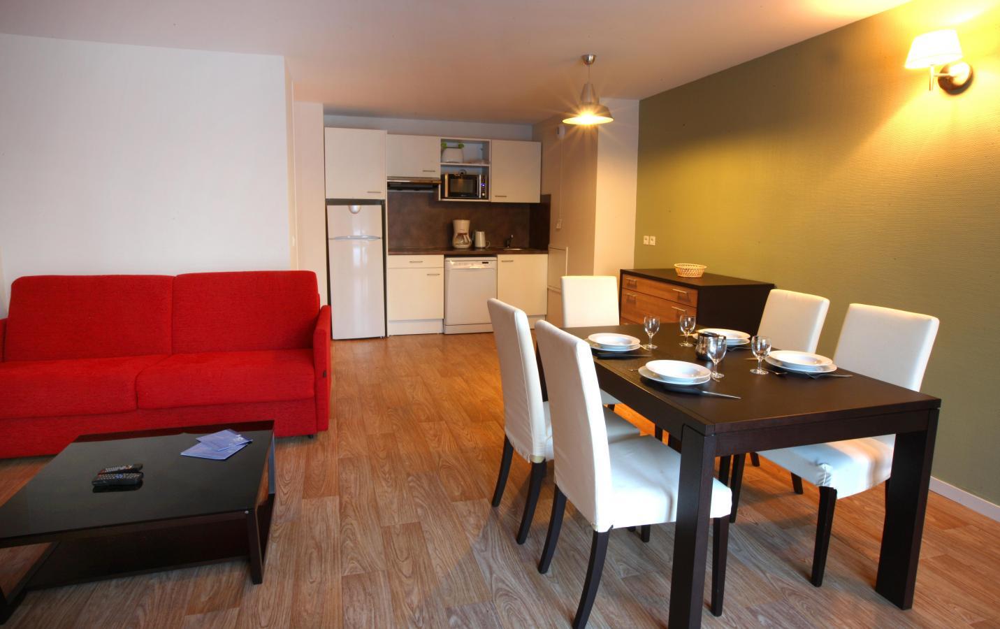 Rent in ski resort Residence Les Balcons D'aix - La Féclaz - Dining area