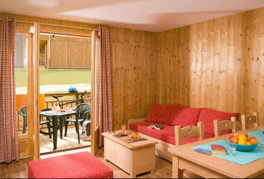 Rent in ski resort Les Chalets du Berger - La Féclaz - Living area