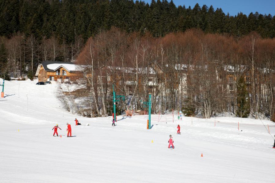 Location au ski Résidence les Balcons d'Aix - La Féclaz - Extérieur hiver