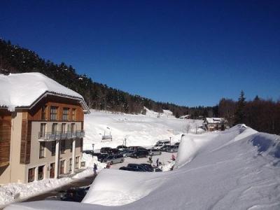 Location au ski Hotel Les Balcons D'aix - La Féclaz - Extérieur hiver