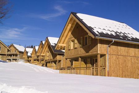 Vacances en montagne Les Chalets du Berger - La Féclaz - Extérieur hiver