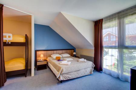 Rent in ski resort Résidence les Balcons d'Aix - La Féclaz - Apartment