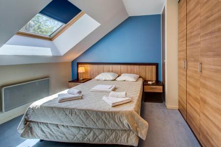 Rent in ski resort Résidence les Balcons d'Aix - La Féclaz - Bedroom
