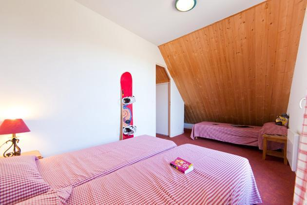 Location au ski Residence Les Flocons Du Soleil - La Joue du Loup - Chambre