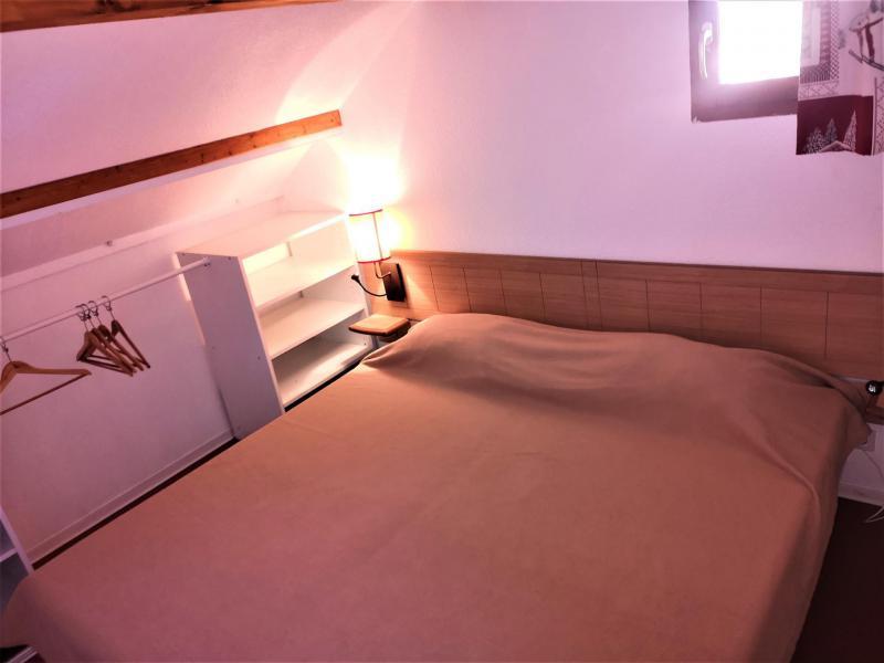 Rent in ski resort 2 room apartment 4 people (522) - Les Chalets d'Aurouze - La Joue du Loup - Double bed