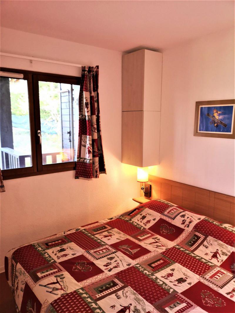 Rent in ski resort 2 room apartment sleeping corner 6 people (411) - Les Chalets d'Aurouze - La Joue du Loup - Double bed
