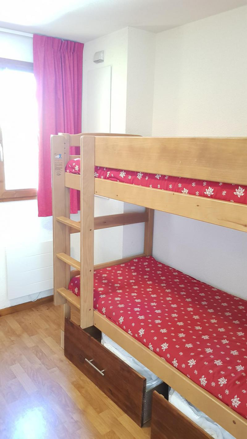 Rent in ski resort Semi-detached 3 room chalet 8 people (N2) - Résidence Crête du Berger - La Joue du Loup