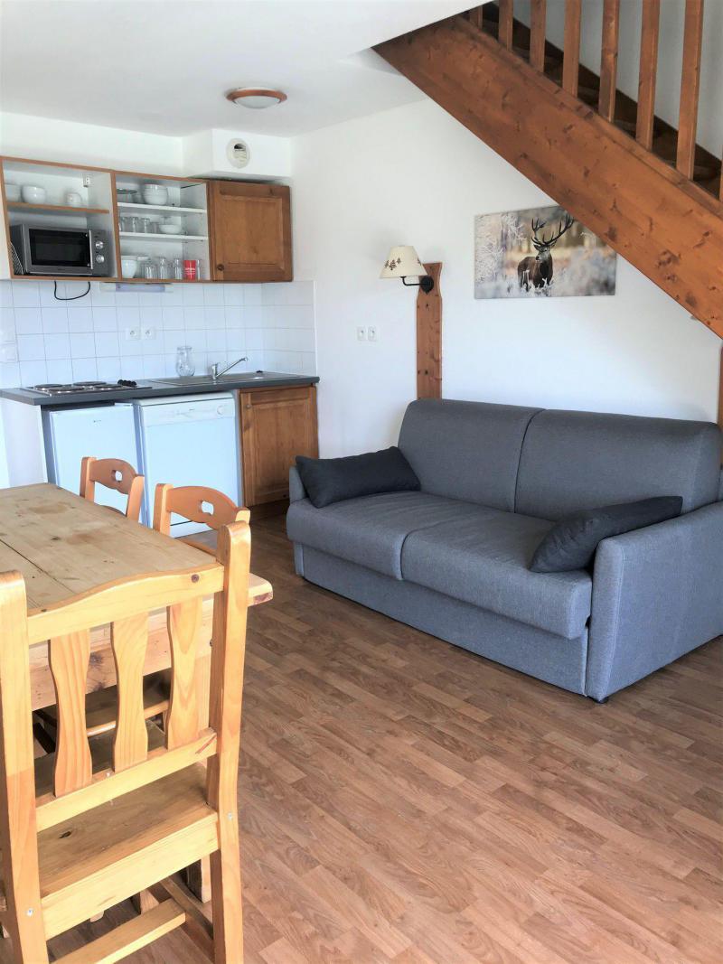 Rent in ski resort Semi-detached 3 room chalet 8 people (E1) - Résidence Crête du Berger - La Joue du Loup - Apartment