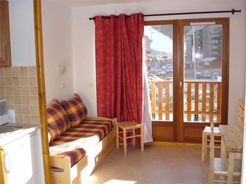 Location au ski Appartement 2 pièces 4 personnes - Résidence Horizon Blanc - La Joue du Loup - Porte-fenêtre donnant sur balcon