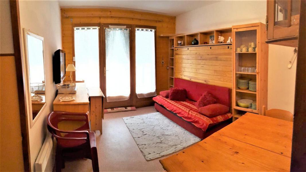 Location au ski Studio 4 personnes (B05) - Résidence Les Rochers Blancs 3 - La Joue du Loup - Séjour