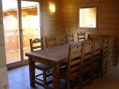 Location au ski Chalets Hameau Des Cimes - La Joue du Loup - Coin repas