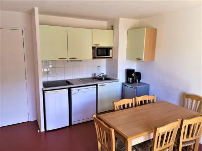 Rent in ski resort 2 room apartment sleeping corner 6 people (411) - Les Chalets d'Aurouze - La Joue du Loup - Kitchenette